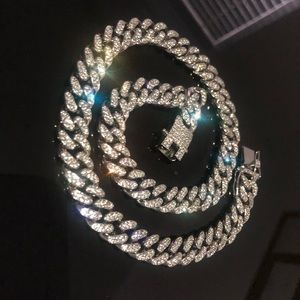 """UNISEX Cuban link plated white gold  10mm 20"""""""